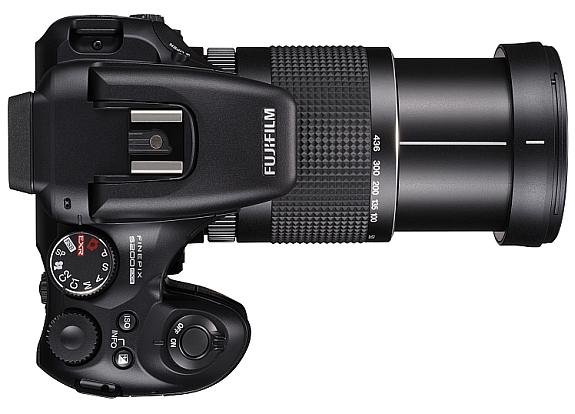 Fuji_S200EXR_topview_extended_lens